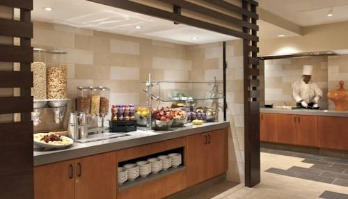Embassy Suites Hotel San Francisco Airport free breakfast