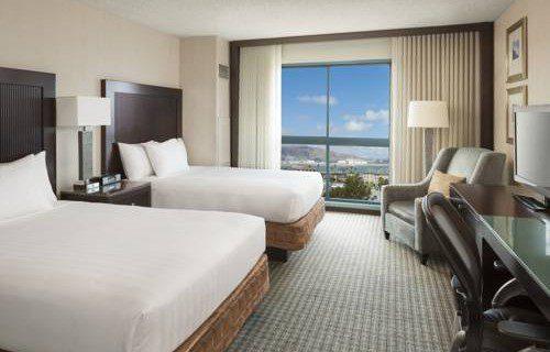 Hyatt Regency San Francisco Airport bedroom