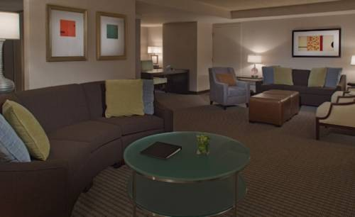Hyatt Regency San Francisco Airport suite
