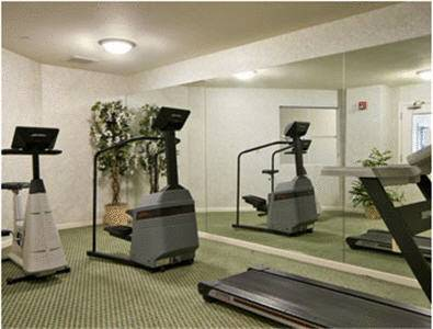 Ramada Limited San Francisco Airport West/San Bruno fitness